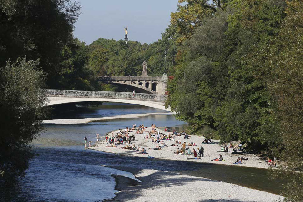 Relax At The River Isar